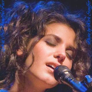 Katie Melua Beautiful Face And Her Facial Expression When Singing