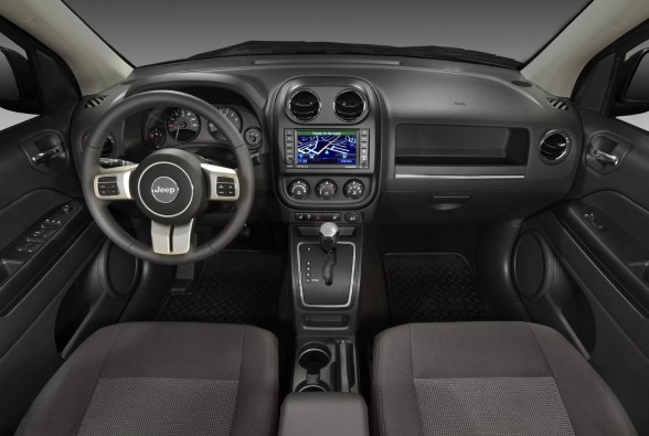 Planned to arrive in Jeep showrooms in December 2010, the new 2011 Jeep