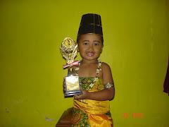 Anaknya Dessy Widuriyanti