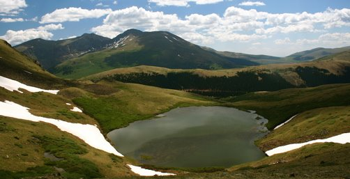 Square Top Lake is a great alpine journey near Denver.