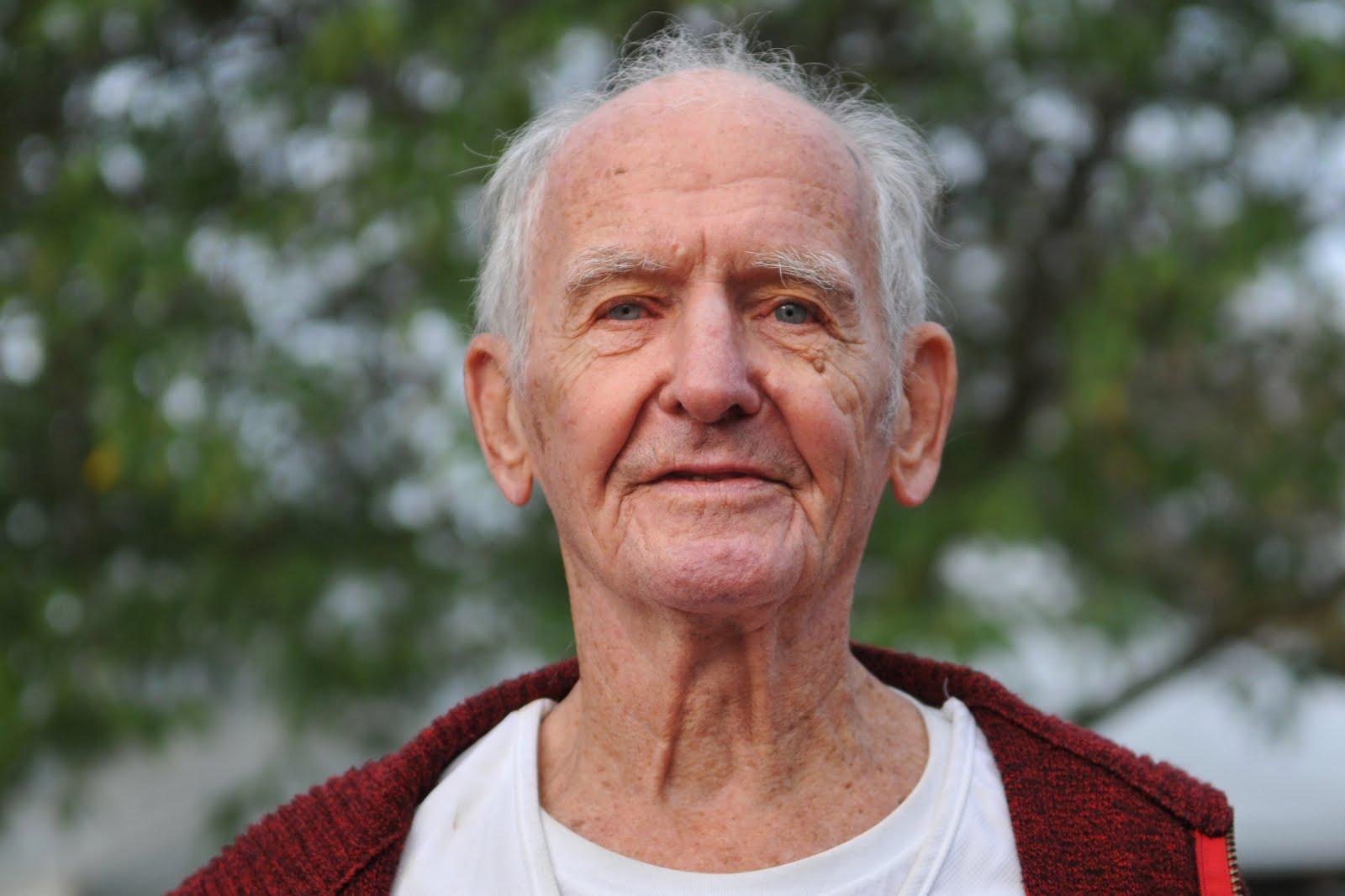 dating 70 year old man Gribskov