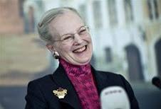 La reina de Dinamarca Felicita el 2010 a GREENPEACE