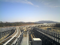 愛・地球博記念公園駅でのリニモ