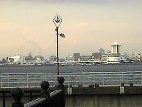 ブルーボネットから名古屋港水族館が見えます。