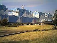ヨットをイメージした碧南火力発電所