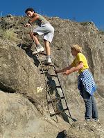Escala per accedir al Castell de Torelló