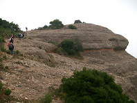 Enfilant-nos a la Roca del Corb