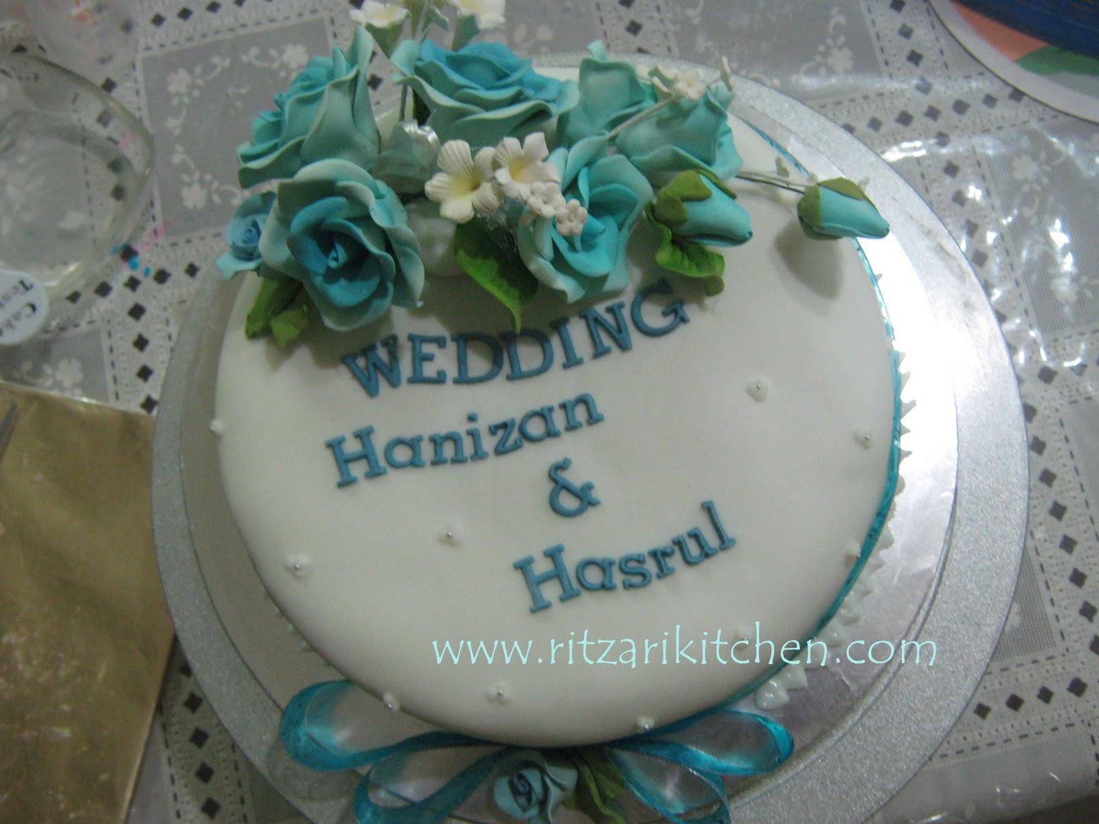 Blue And Silver Wedding Cake 13JPG