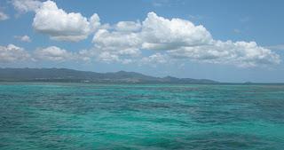 Eaux turquoise autour de l'ilet Caret