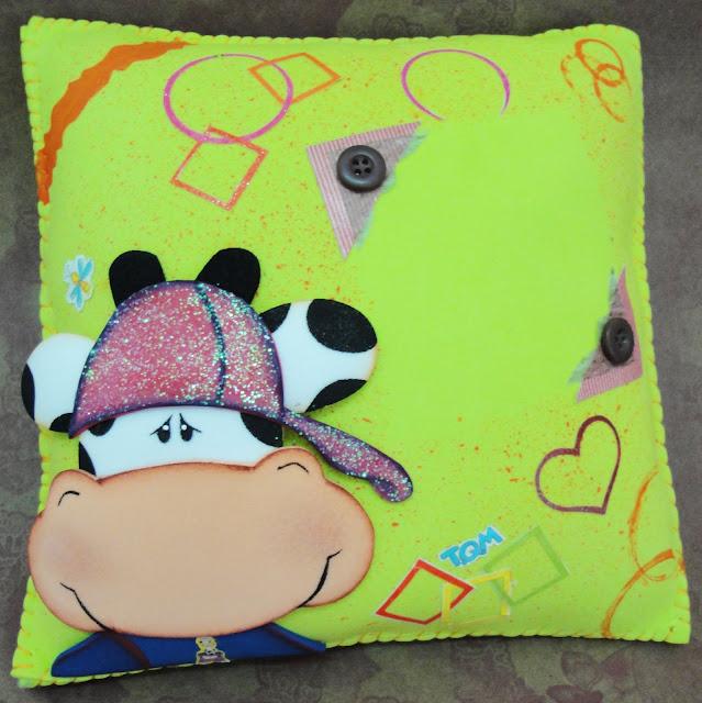 Almohadas hechas en foami - Imagui