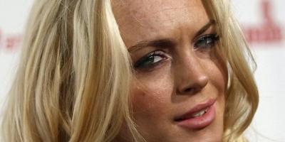 Lindsay Lohan asegura estar recuperándose de las drogas