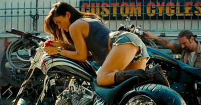 Subastan las ropas de Megan Fox en Transformers