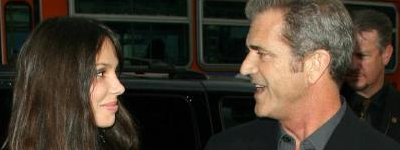 Mel Gibson y Oksana Grigorieva padres de una niña