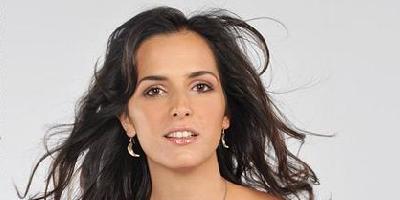 Marisa Román - Soy bella e inteligente