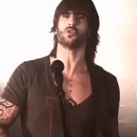Video Oficial de Melendi - Barbie de Extrarradio