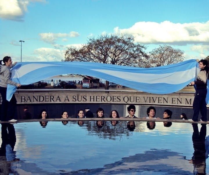 Monumento a Héroes de Malvinas. Rosario. Argentina monumento malvinas