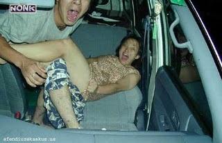 foto gadis telanjang bugil mesum dalam mobil