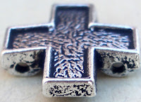Abalorio metal separador cruz
