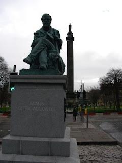 James Clerk Maxwell statue 2