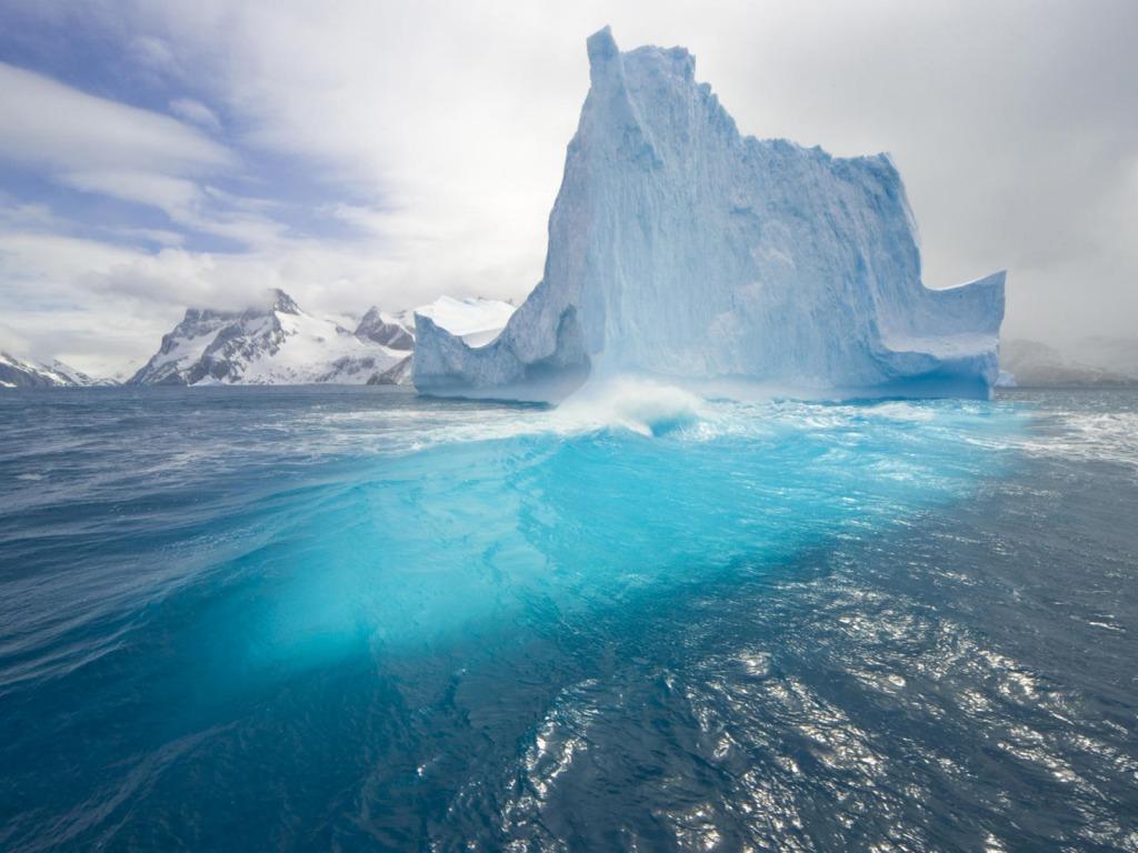 Ledena refleksija download besplatna pozadina za desktop rezolucija