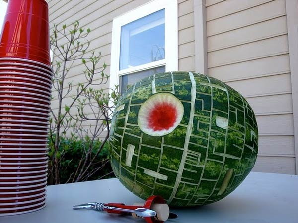 [Immagine: death-star-watermelon.jpg]