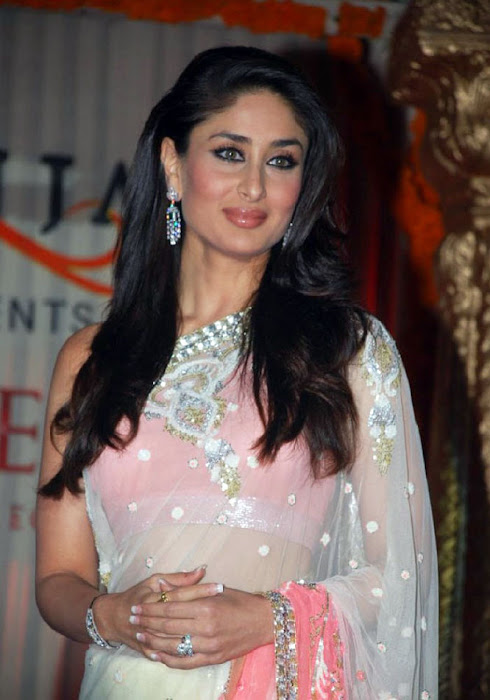 Kareen Kapoor in a Cream Transparent Chammak Challo Saree