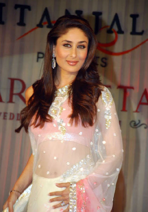 Kareen Kapoor in a Cream Transparent Chammak Challo Saree kareena kapoor latest photos
