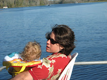 Mom and Willie On the Houseboat 12/07