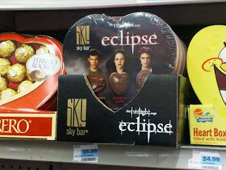 http://1.bp.blogspot.com/__rZp-OCEmHs/TSu_nK5EJ1I/AAAAAAAAARU/YtzzMxECs-s/s320/vday+chocolate.jpg