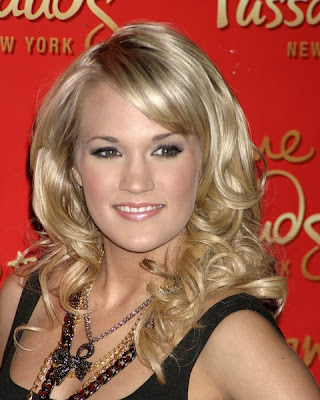 Carrie Underwood has the hair that gives her the soft looks that are