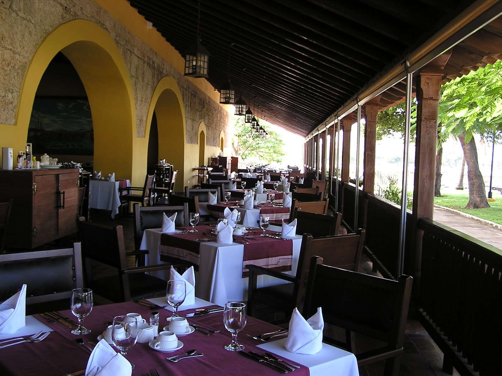 Tara s dolce vita restaurante la ina pastora havana cuba