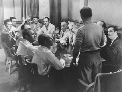 Cena de Doze Homens e uma Sentença
