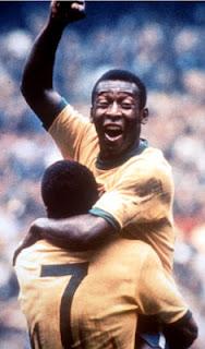 Pelé comemora na Copa de 70