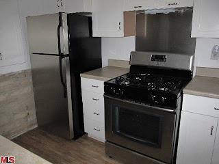 1673%2BN.%2BBeverly%2BGlen Kitchen NEW LISTING IN THE LOWER GLEN FOR $350,000!