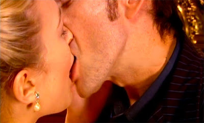 This week's kissing scene on new Doctor Who
