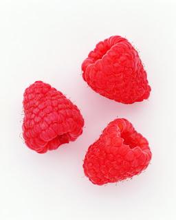 Три ягоды.