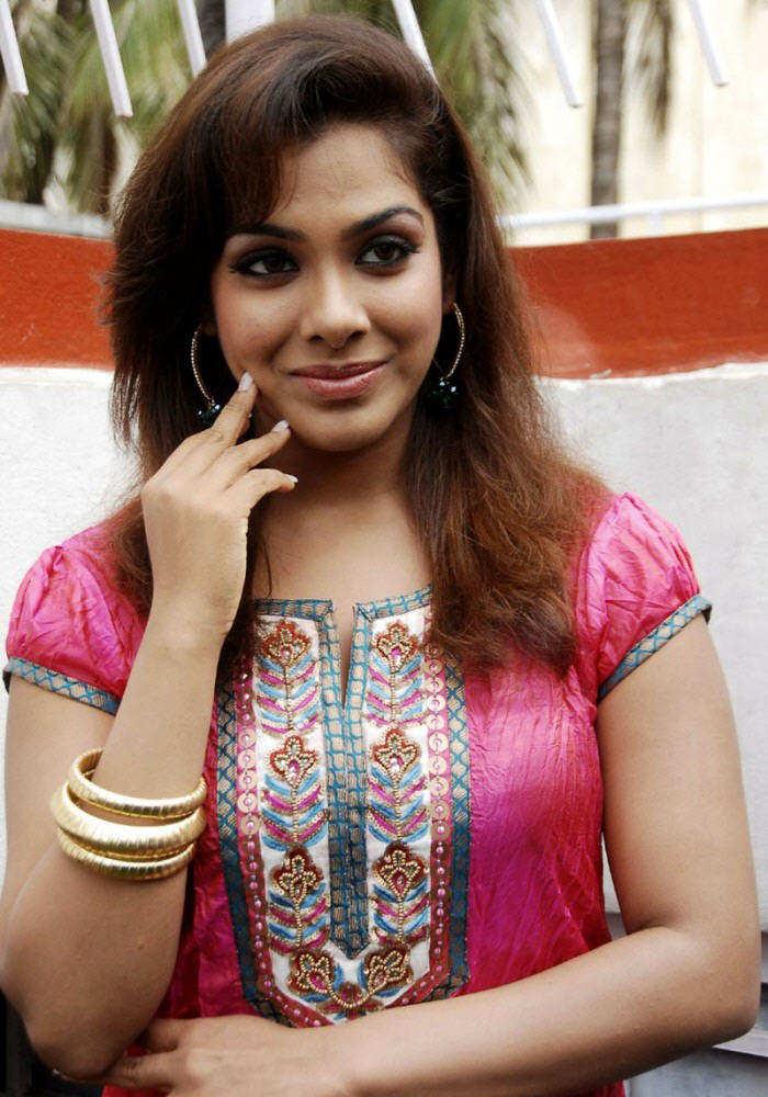 Tamil Actress Sandhya Latteset unseen Photoshoot