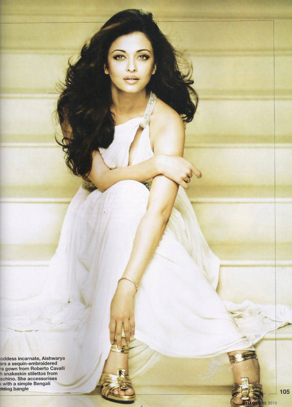 Aishwarya Rai Latest Romance Hairstyles, Long Hairstyle 2013, Hairstyle 2013, New Long Hairstyle 2013, Celebrity Long Romance Hairstyles 2317