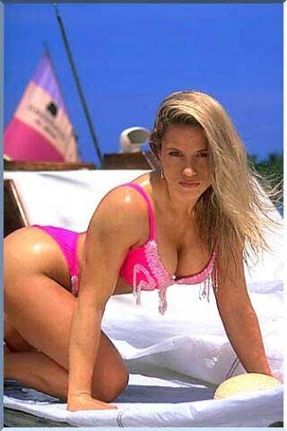 Hot Bikini Models: Monica Bellucci -