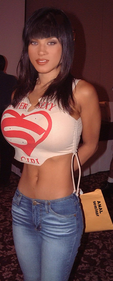 Hot woman big tits tight shirts