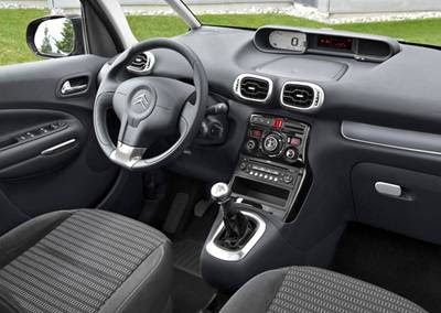 Car Zone: Citroen C3 Picasso has the same length as the Nissan Note