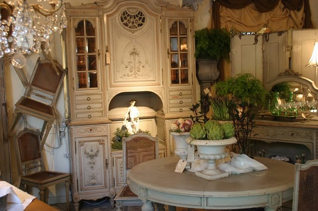 Magnificent French Country Antique Furniture 640 x 426 · 70 kB · jpeg