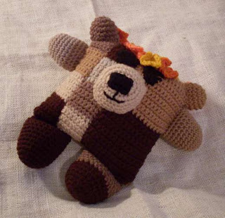 fudgie the flowerumi bear crochet pattern