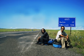 Pria Ini Pergi Sejauh 160.000 Km Selama 3,5 Bulan Untuk Menemui Kekasihnya [ www.BlogApaAja.com ]