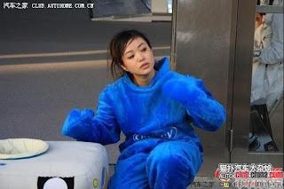 gadis maskot china 03 Gadis Maskot Comel Yang Menyentuh Hati
