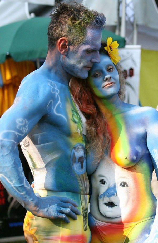 http://1.bp.blogspot.com/_a2Ac_i7cQNk/SwUb24xmC1I/AAAAAAAADVU/aHirKIgZwoA/s1600/body_art_13.jpg