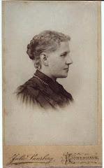 5.002.Bentine Marie Adolph (1845-1927) som ung