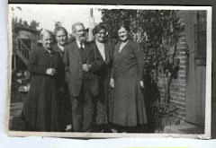 Ole Pedersen i selskab med nærmeste familie