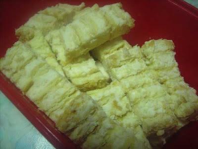kek cheese simple ya rabbie memang terasa nak mengidam nak makan kek