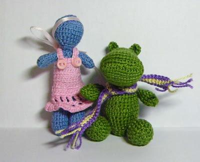 девочка амигуруми и бегемотик амигуруми